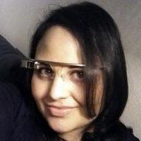 Lena Cardell | Social Profile