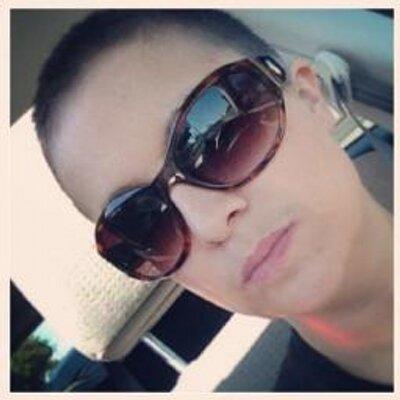 Elisa Laird | Social Profile