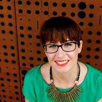 Beatriz Cardona | Social Profile