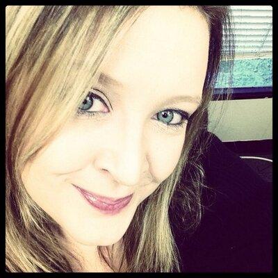 Jennifer Romano   Social Profile