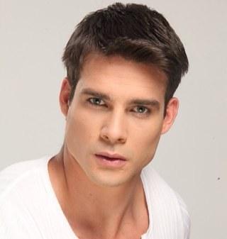 Hector Peña Social Profile