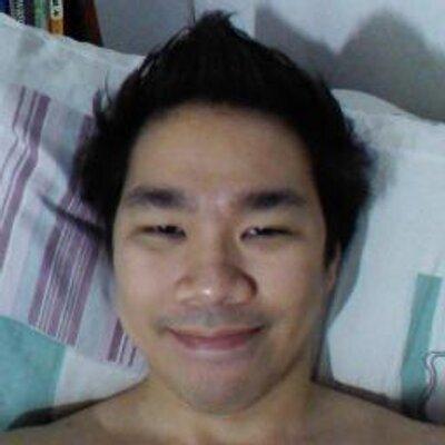 Robert Lee   Social Profile