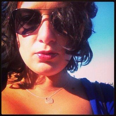 Annette Vitetta | Social Profile
