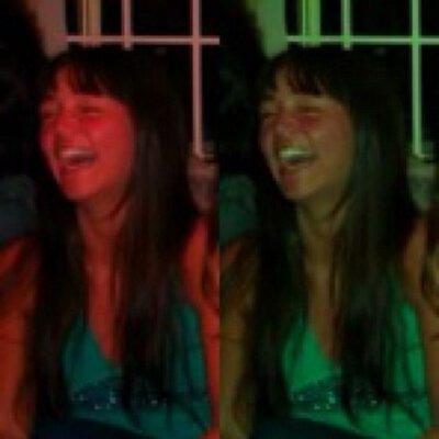 Paula Flores C   Social Profile