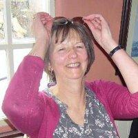 Annie Weir | Social Profile
