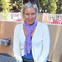 Laura Stevenson | Social Profile