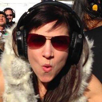 Andrea Heuer | Social Profile