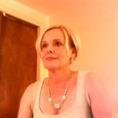 Kelly Willis | Social Profile