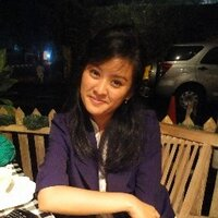 Widi Laras Sari | Social Profile