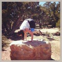 kiki yogini   Social Profile