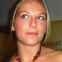 Nicole Wolfert | Social Profile