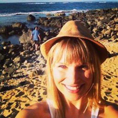 Lauren Berry   Social Profile