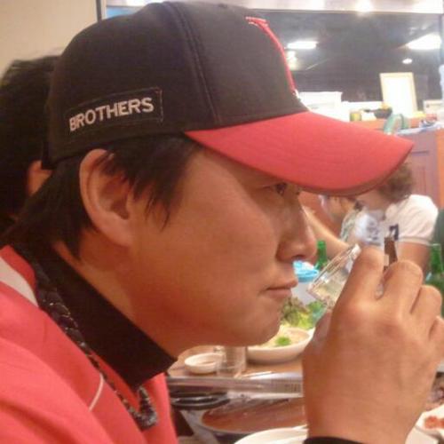 김감독 Social Profile