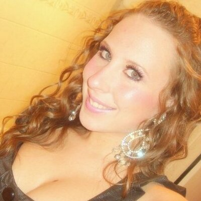 Marisa_C | Social Profile