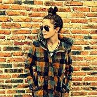 Fanny Perez | Social Profile