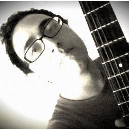 Felipe A.G ♫d{-_-}b♪ Social Profile