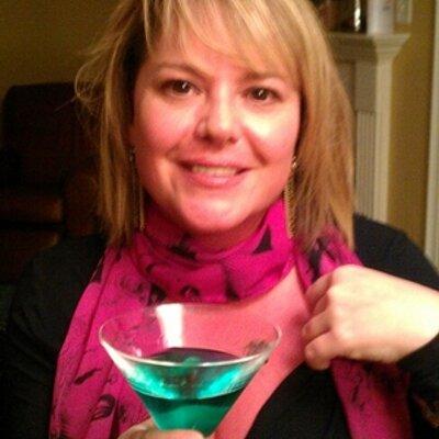 Angela MacDonald | Social Profile