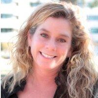 Laurie L Lee | Social Profile