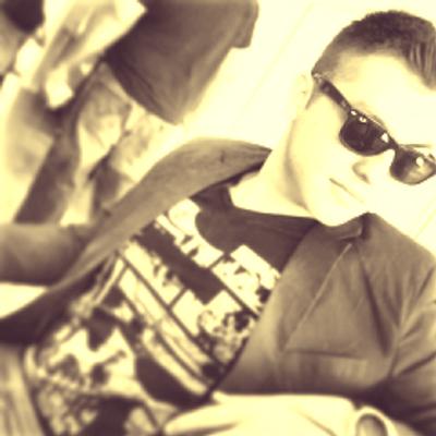 Misael | Social Profile