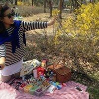 Jiyoon Chloe Kang | Social Profile