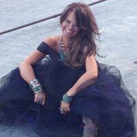 Lindsay Lawler   Social Profile