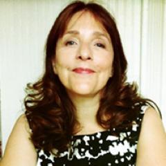 Dr. Leah Klungness Social Profile