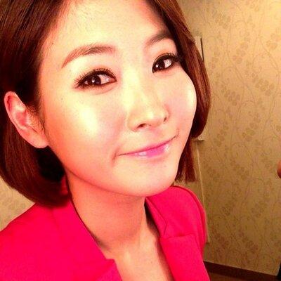 Sin Geungyeong   Social Profile