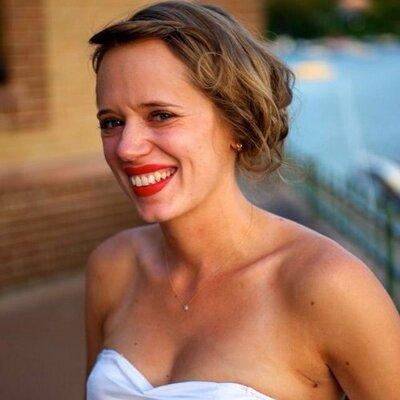 katie klepek | Social Profile