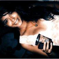 Lorena Oliveira   Social Profile
