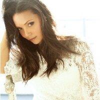 Danielle Nicolet   Social Profile