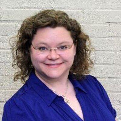 Lorraine Paton | Social Profile