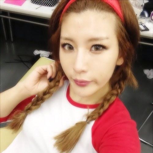 kimhwayoung Social Profile