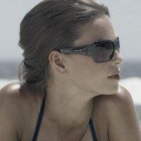 Даша Романова   Social Profile
