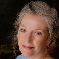 Claire Montanaro | Social Profile