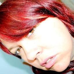 RoZana Tchornobay | Social Profile