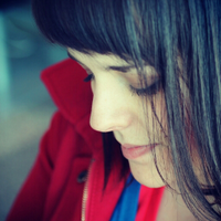 Annelies    Social Profile