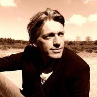 Benito van dijk | Social Profile