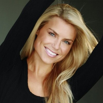 Rachel Reynolds | Social Profile