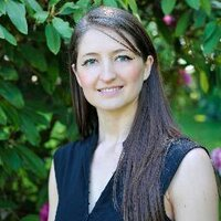 Rachael Shakespeare | Social Profile