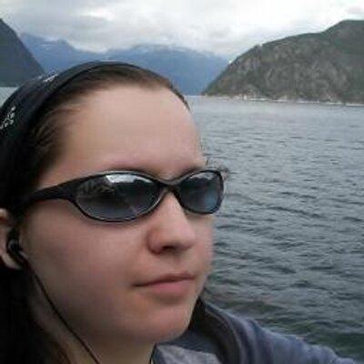 Sarah Mäkelä | Social Profile