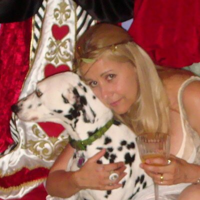 belcasas | Social Profile