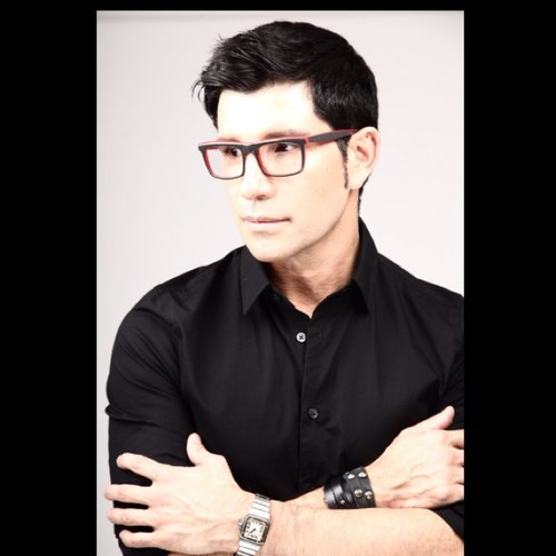 Marco Pena Social Profile