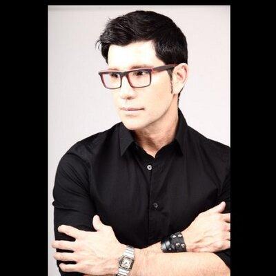 Marco Pena | Social Profile