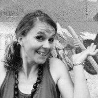 Caroline Wendling | Social Profile
