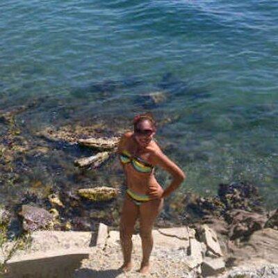 Emily Diaz | Social Profile