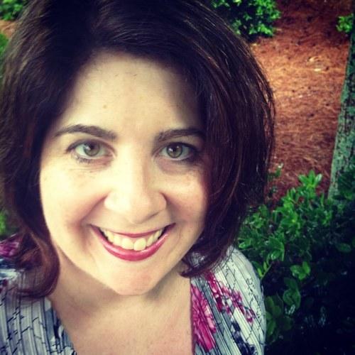 Jenna Farelyn Social Profile