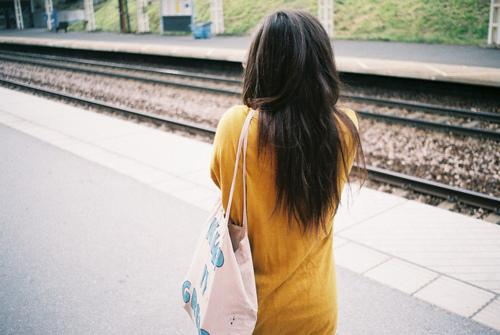 Фото красивый девушек брюнеток сзади на аву