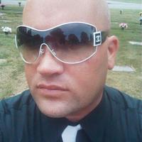 Chris B.    Social Profile