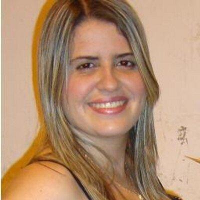 Raquielly Noronha | Social Profile