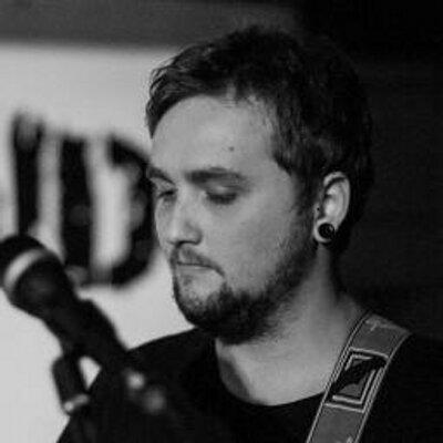 Chris Emms | Social Profile